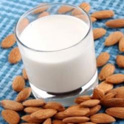 Lote 30 saquetas de leite de amêndoa rica em proteínas