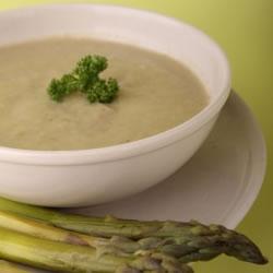 Sopa de espargos rica em proteínas - Velouté d'asperges